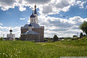 Церковь неподалеку